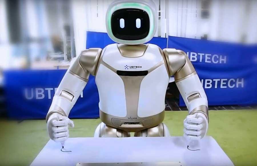 робот UBTECH Walker